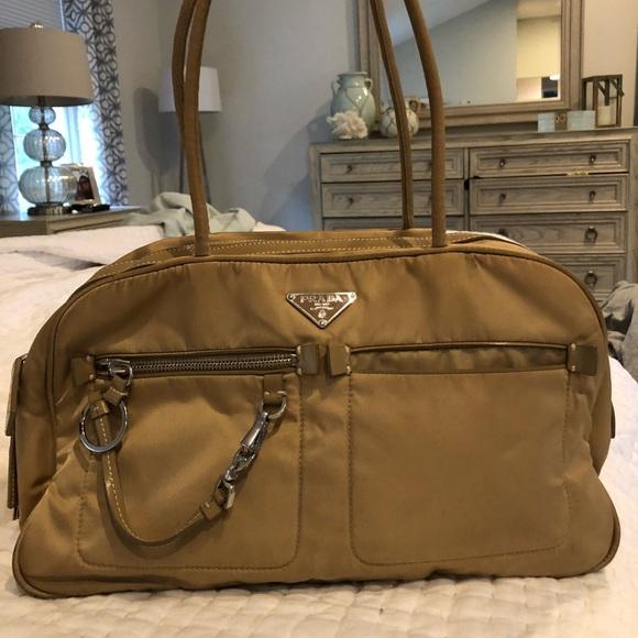 prada Bags   Authentic Nylon Bag   Poshmark 4d71408919